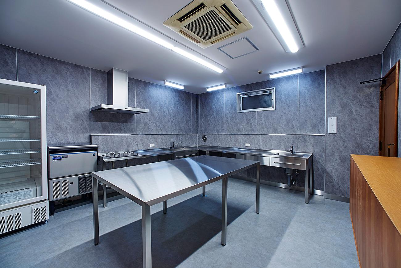 配膳室内装・厨房機器取替 After